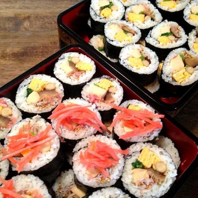 海老、穴子なと入れても豪華です。 - 27件のもぐもぐ - 太巻き寿司 by mayon3747