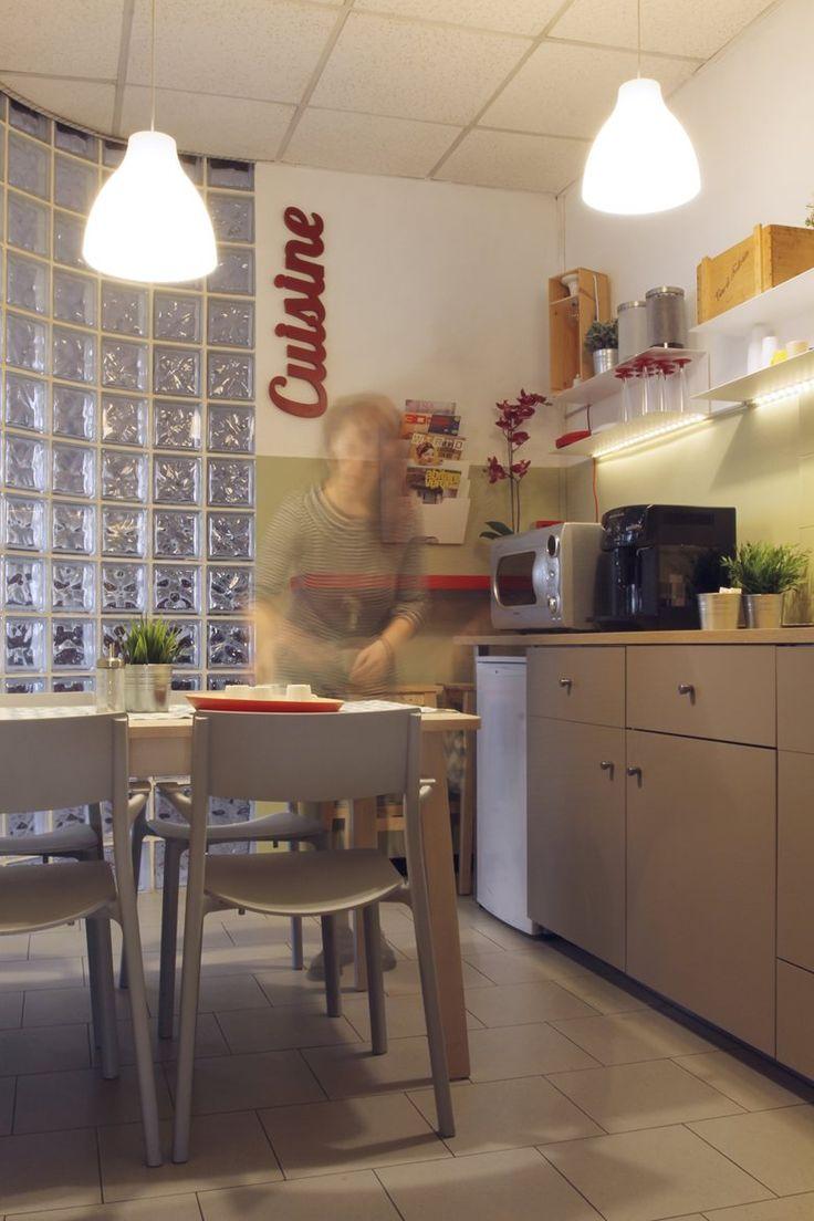 cucina in ufficio_kitchen in the office, San Giovanni Lupatoto, 2015 - moovdesign
