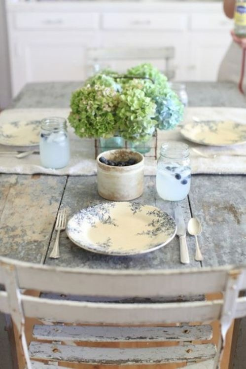 A little less formal French Interior: Dreamy White, French Farmhouse, Tables Sets, Plates, Shabby Chic, Rustic Tables, Farmhouse Tables, Mason Jars, Hydrangeas