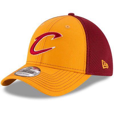 Cleveland Cavaliers New Era Team Front Neo Tech 39THIRTY Flex Hat - Gold/Wine