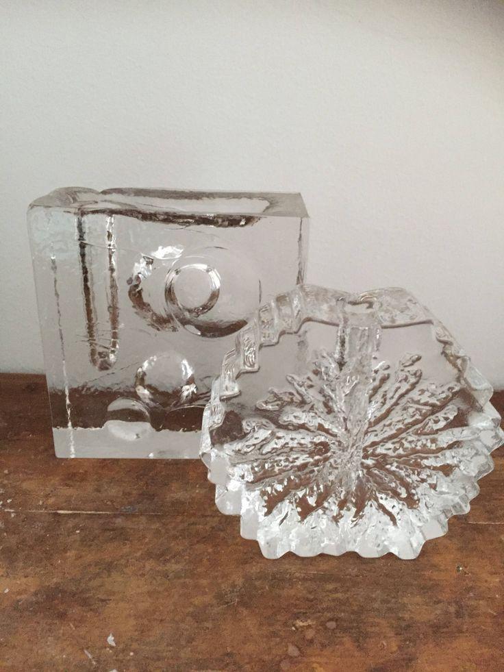 pair of Scandinavian/glass/bud vases/midcentury modern /modernist style /swedish glass/scandinavian/Norweigian glass/Pukeberg/HADELAND