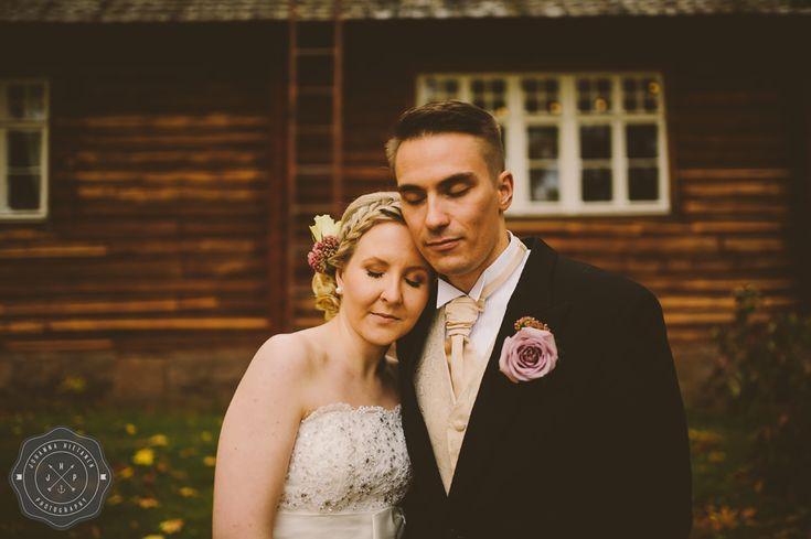 A wedding in Hollola, Finland. http://johannahietanen.com/wedding/haakuvaus-hollola-m-v/