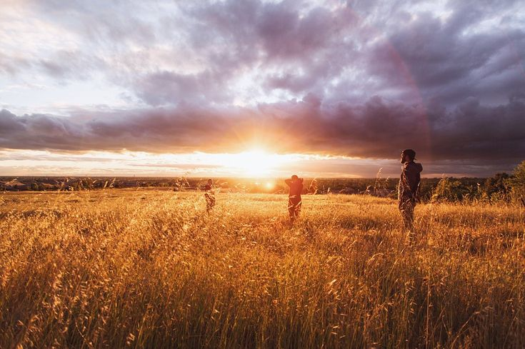 Zacarias 14:16-17 O texto de Zacarias está falando da festa de Tabernáculos, uma festa celebrada em família, visto que todas as festas bíblicas têm como alvo a restituição da família. A celebração da festa é um mandamento do Senhor para que haja prosperidade nos próximos doze meses, é uma antecipação de que as chuvas serôdia …