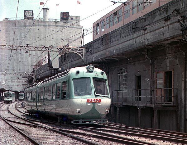 昭和35年 渋谷駅を出発した下高井戸行き玉電