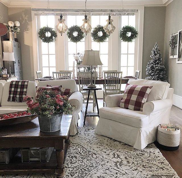 Farmhouse Country Casual Ladder Lighting Wreaths On Windows