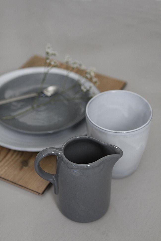 Gray | Grey | Gris | グレー | Grigio | серый | Gurē | Colour | Texture | Pattern | Style | Design | Composition |  tabletop