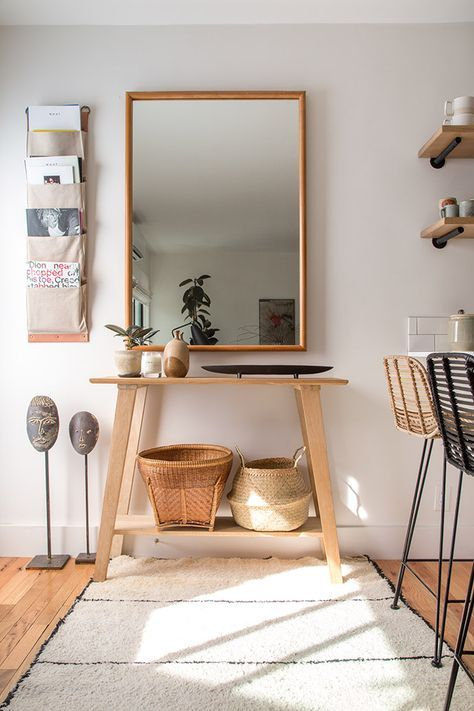 Great interview on minimalism and simple decorating - Paige Geffen, Glitter Guide