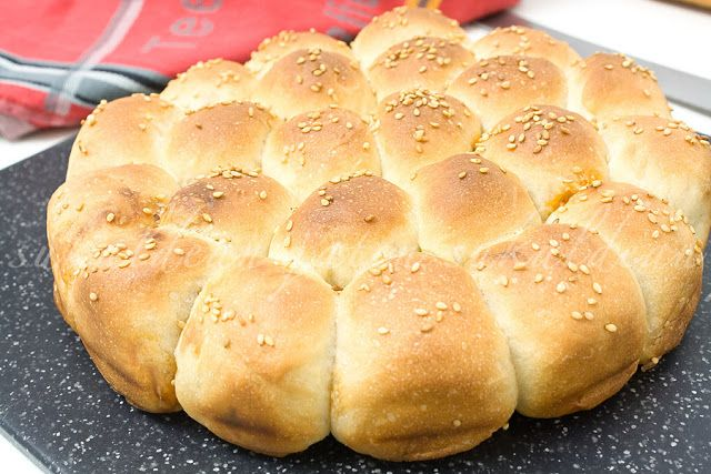 e-cocinablog: bollos rellenos de chorizo para Pascua