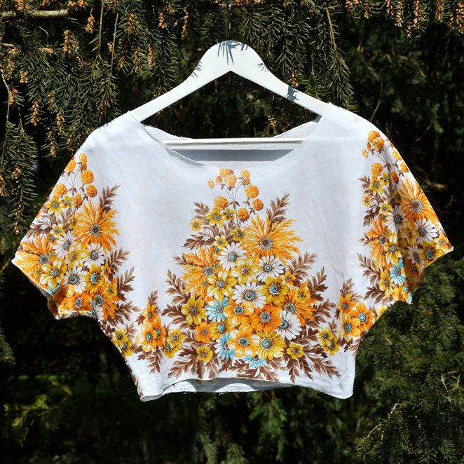 """Floral crop top """"Summer"""" by FoxInTheDesert on Etsy"""