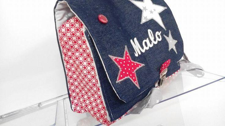 Cartable Maternelle personnalisé avec Prénom 'MALO' jean et étoiles