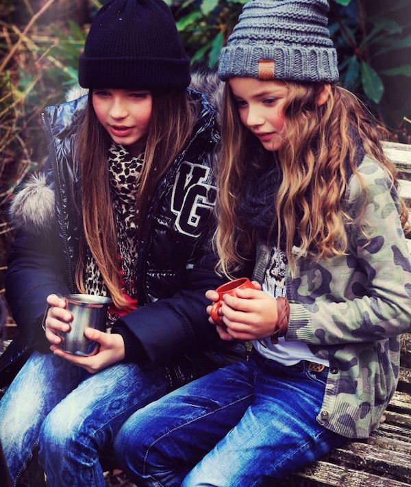 vinginio aw 169 DICIEMBRE 2014 BY: SONIA VINGINO #children; girls; models; casual; friends; jeans;