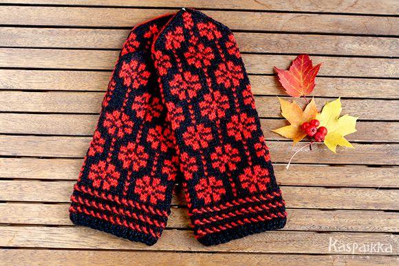 ラトヴィア手編みミトン 1310 赤い花園 黒×赤 - カスパイッカ -北欧のアンティーク雑貨と手仕事の店-