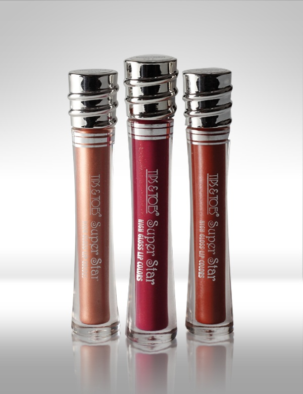 Super Star #LipGloss has a Special Dazzling moisture rich formula with a soothing fragrance. MRP Rs.175/-