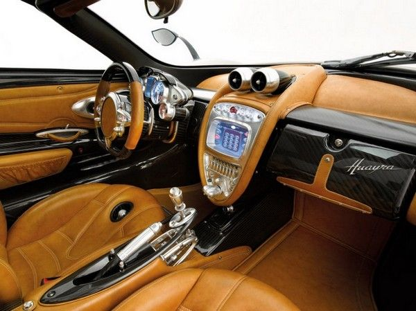 Pagani's new supercar, the Huayra, has a steampunk interior that would impress even Dio Eraclea