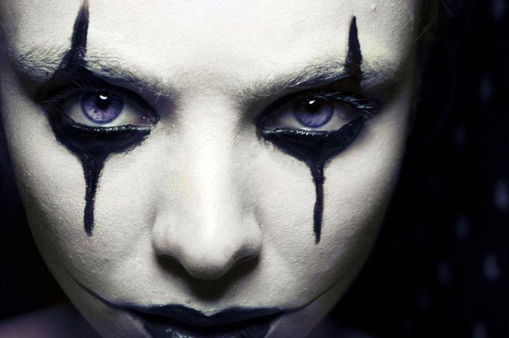 Halloweem...deviantART: More Like Venetian mask by ~fiona-florb