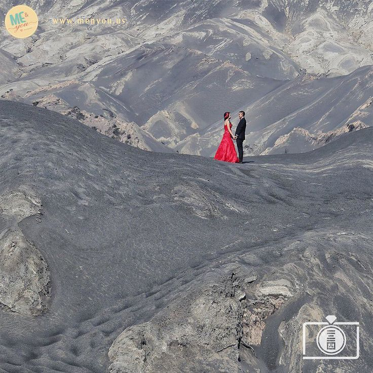 Raymond and Ciwe's beautiful prewedding taken at Mount Bromo Indonesia#bromoprewedding Photo by ME&you Studio click link in profile to see his portfolio and price lists. http://www.onethreeonefour.com/listing/ME&youStudio // www.onethreeonefour.com // #prewedding #wedding #engagement #elopement #photography #couple