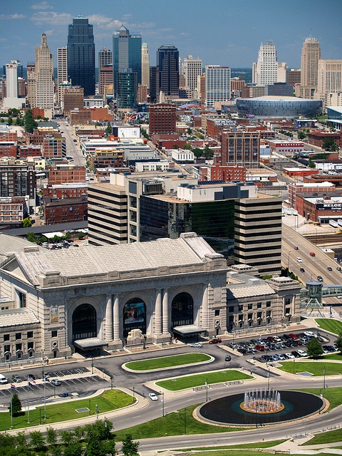 Kansas City, MO - saw a Garth Brooks concert here!