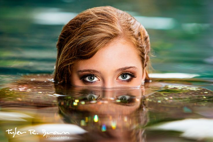 water senior pictures