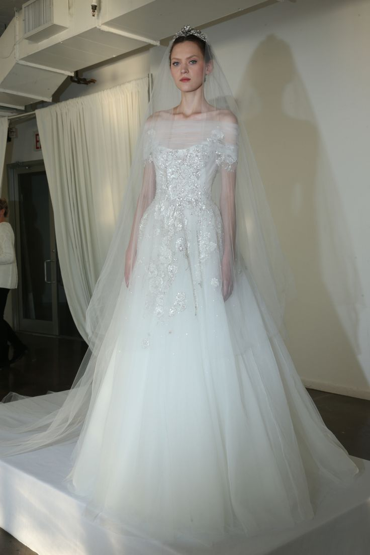 22 best Marchesa Bridal Fall 2016 images on Pinterest | Marchesa ...