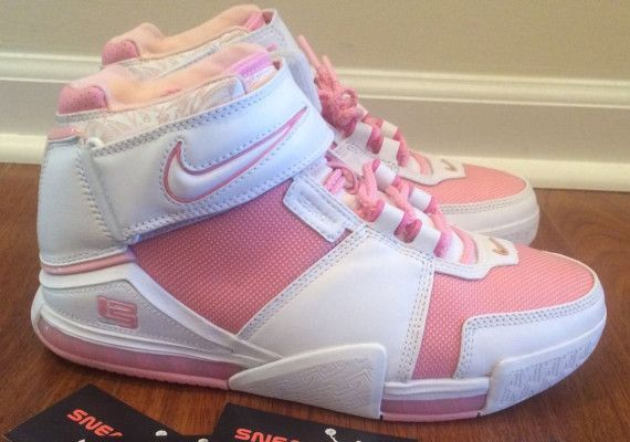 "Nike Zoom LeBron 2 ""Gloria"" PE on eBay - SneakerNews.com"