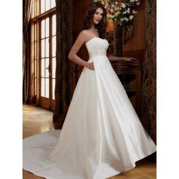2011 Vogue Ballroom Wedding Dress with Pockets