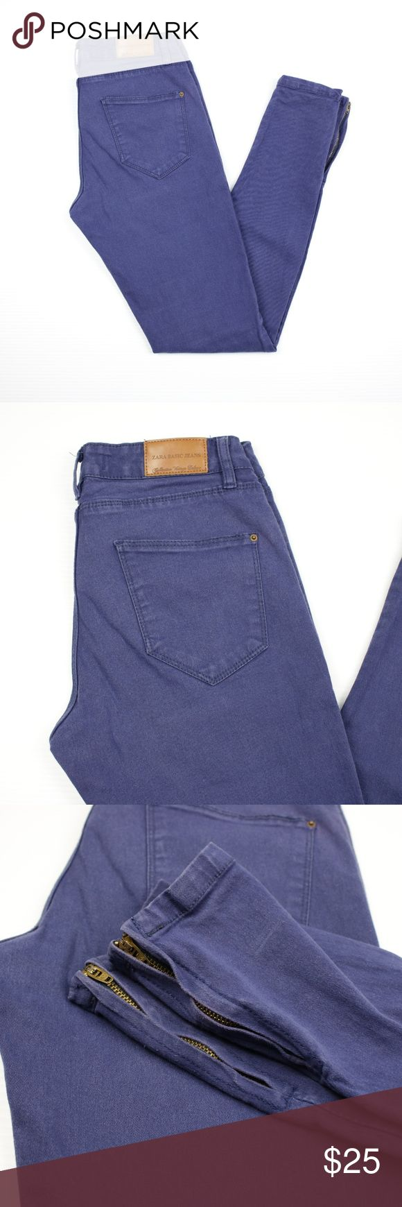 Zara Basic Blue Low Waist Skinny Jeans with Zipper - Size: 4 - Made in Argentina - The material labels has been removed but it is stretchy. I would say that stretches 1-3 inches. - Excellent Condition. No stains. - No trades, thank you! - Pet and Smoke-Free Home  - Same or Next day Shipping  MEASUREMENTS: Waist: 13 inches Hip: 16.5 inches Rise (Crotch to Waist): 8 inches Inseam: 28.5 inches Outseam: 36 inches Zara Jeans Skinny