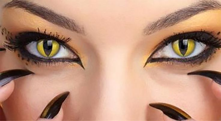 Coloured contact lenses may elevate a #Halloween costume, but non-prescription contacts could result in blindness.