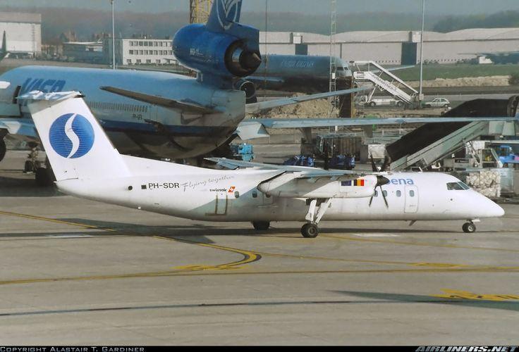De Havilland Canada DHC-8-311 Dash 8, Schreiner Airways (operating for Sabena), PH-SDR, cn 283, 50 passengers, first flight 21.6.1991 (Hamburg Airlines), Schreiner delivered 27.3.1994. Foto: Brussels, Belgium, 7.4.2000.