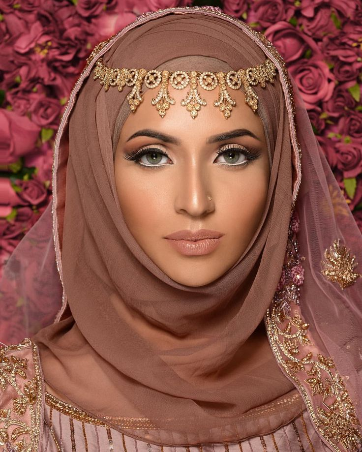 "819 Likes, 14 Comments - Humaira Waza | Hijab Stylist (@humairawaza) on Instagram: ""LOVE this bridal look created by student @makeupbyshabzali after completing the two day basic to…"""
