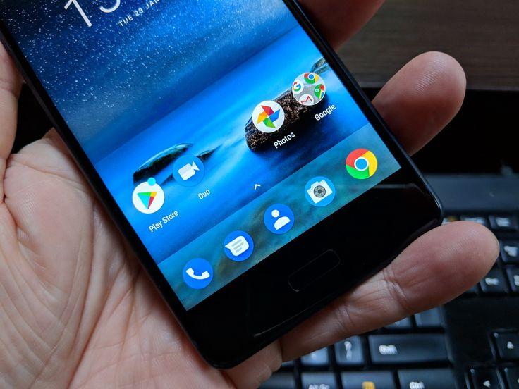 Nokia 8: Display luminos și cu contrast bun privit frontal, ușor albicios din lateral