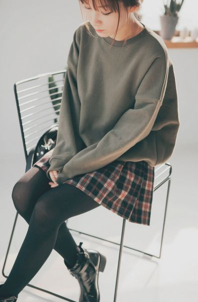 Korean fashion - grey sweater, plaid skirt, leggings and black boots