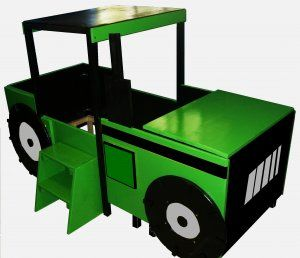 Tractor Toddler Bed with Large Toy Chest , Wheels & Step Stool OAK..................IF I EVER HAVE A BOY!