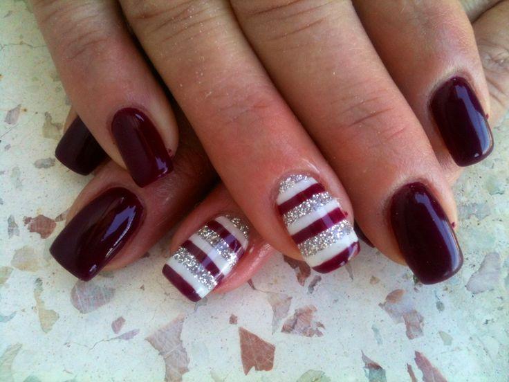 ... su Pinterest | Unghie rosso scuro, Disegni unghie matte e Unghie rosse