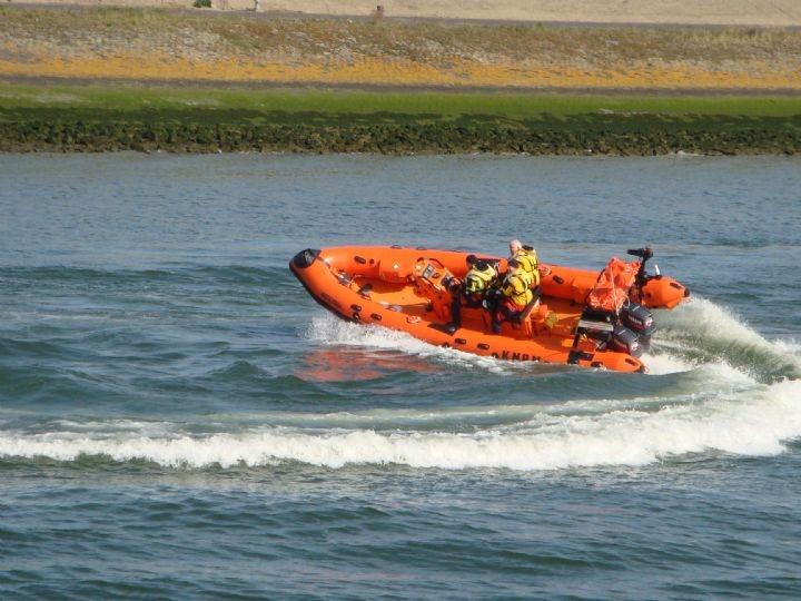 KNRM in snelle actie op reddingbootdag 2013 Stellendam, door: Cindy Koebergen