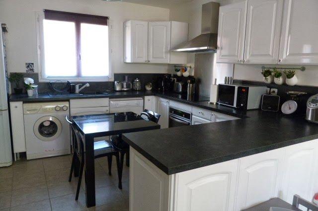 Dise o de cocinas blanco y negro buscar con google for Cocinas en blanco y negro