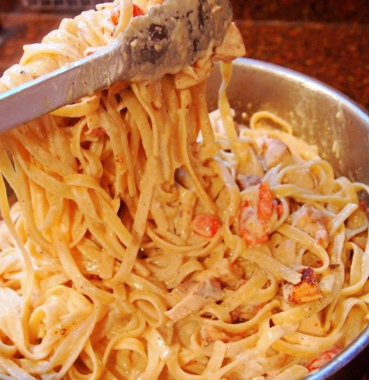 Cajun Chicken Fettuccine Alfredo: Date Night, Cajun Chicken Pasta, Recipe, Pasta Dishes, Food Pasta, Fettuccine Alfredo, Chicken Alfredo, Chicken Fettuccine, Food Drinks
