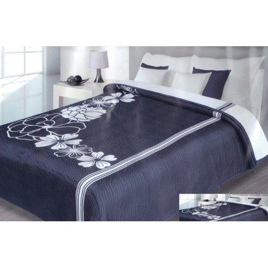 Luxusný obojstranný prehoz na posteľ tmavo modrý s bielymi čiarami