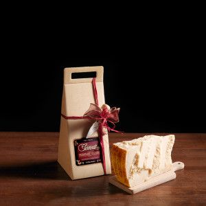 """Gift box for Parmesan with """"Gazzetti"""" logo + small knife, containing 1 kg of 24 month aged Parmesan.  #gazzettifood #gazzetti #italianfood #parmesan #christmas"""