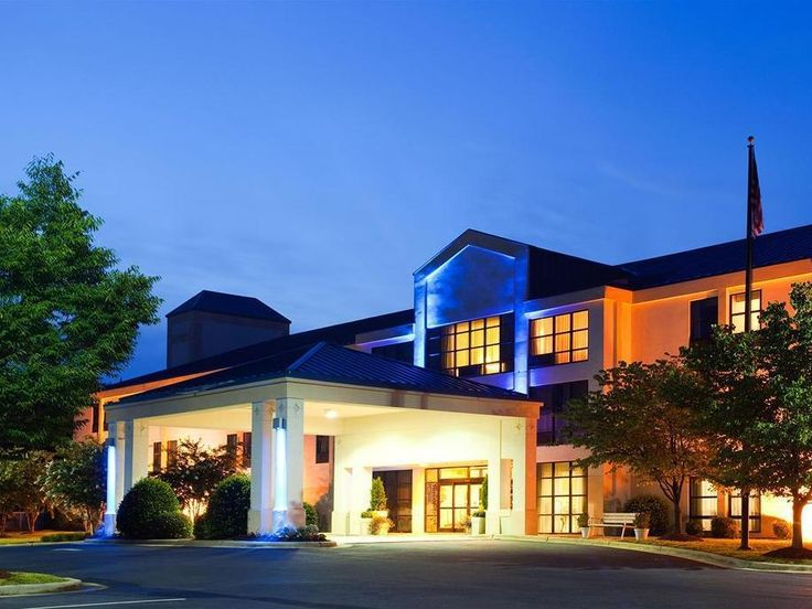 Hillsborough (NC) Holiday Inn Express Hillsborough-Durham Area United States, North America Ideally located in the prime touristic area of Hillsborough, Holiday Inn Express Hillsborough-Durham Area promises a relaxing and wonderful visit. The hotel offers guests a range of services and amenities designed to provide comfort and convenience. Free Wi-Fi in all rooms, 24-hour front desk, express check-in/check-out, newspapers, laundry service are there for guest's enjoyment. Desig...