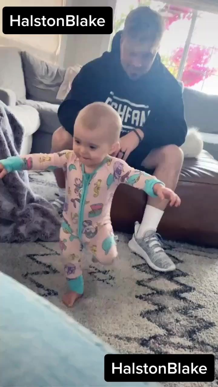 Best Easy Tiktok Dances For Kids And Families To Try Mommy Poppins Things To Do With Kids Christmas Jokes For Kids Jokes For Kids Nyc With Kids