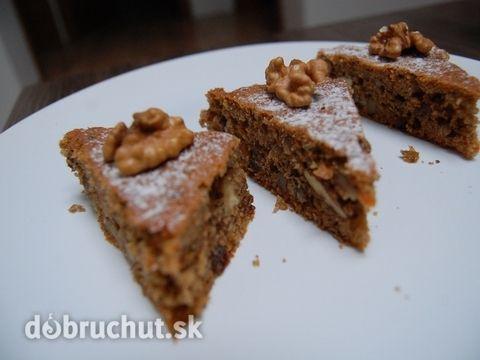 Fotorecept: Orechovo-mrkvový fitness koláč - Výborný, ľahký a najmä zdravý koláčik :) V recepte je síce použitý cukor, ale skutočne veľmi...