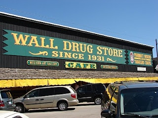 Wall Drug in Wall on the edge of the Badlands...Been there...What a fun place!