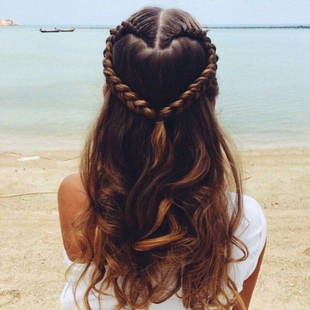 More hairstyle in Fashion Blog fashionattack.net/ #beautiful #fashionattack #hairstyle #casual #look