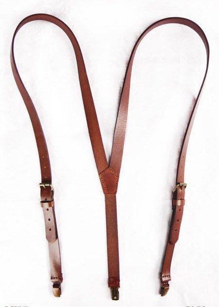Main cousu portejarretelles en cuir brun 01911 par sunmarkstudio, $36.00