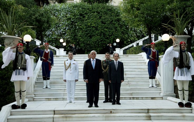 Η γιορτή για την αποκατάσταση της Δημοκρατίας στο Προεδρικό Μέγαρο