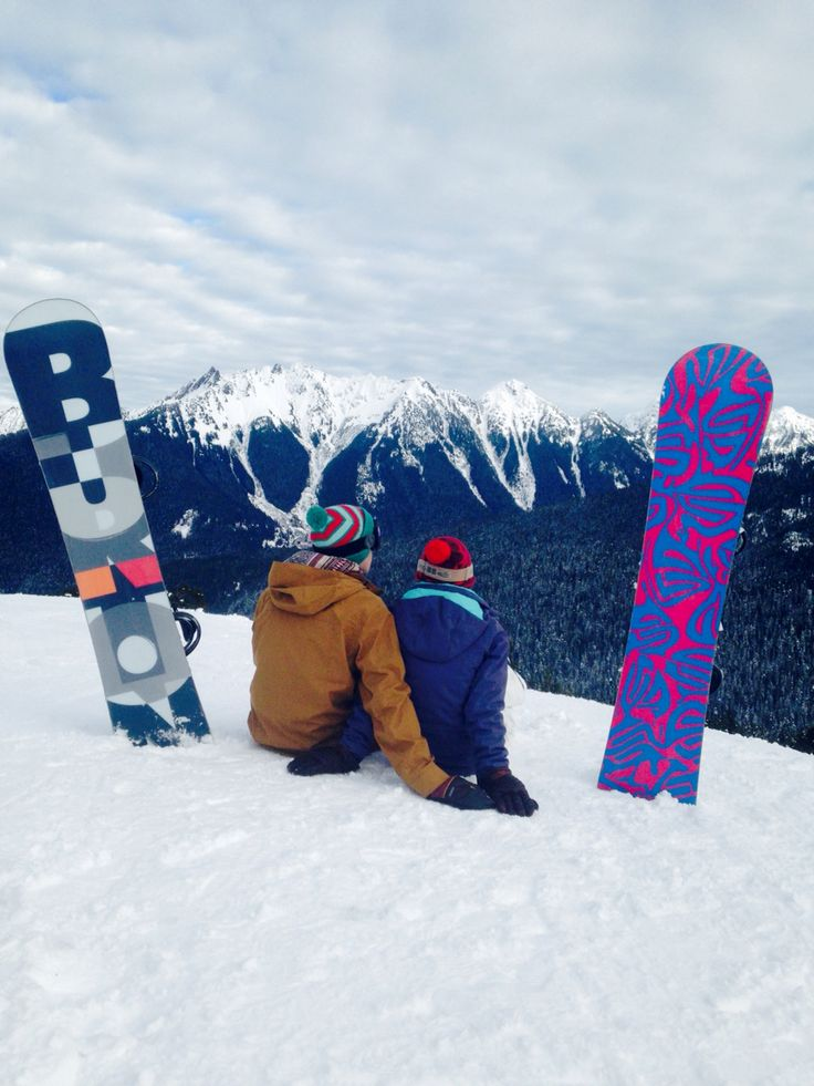 Couple snowboarding picture!