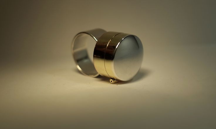 Poison Ring : Copper, Silver & Brass : Erika Syrjänen