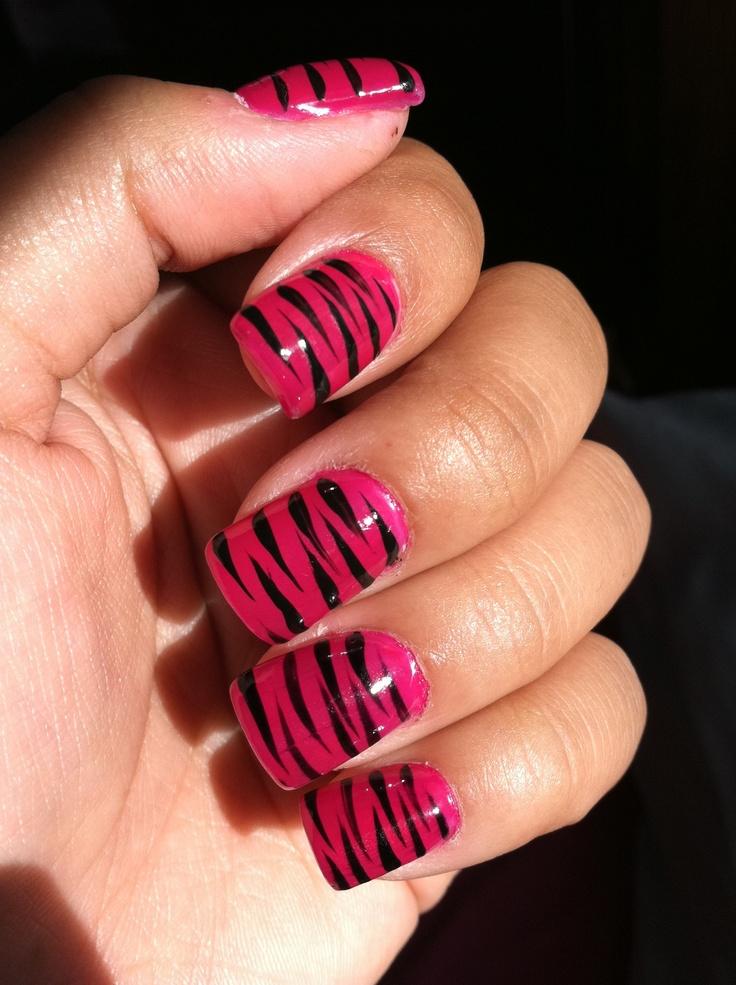 Die besten 25 tiger stripe nails ideen auf pinterest tiger magenta tiger stripe nails prinsesfo Image collections