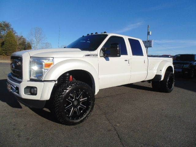 Lifted 2011 Ford F-450 Super Duty Lariat Crew Cab 4x4 Dually 6.7L Powerstroke Diesel