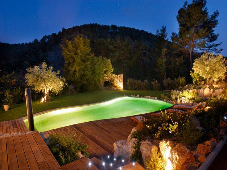 28 best images about piscine de nuit on pinterest nature for Design piscine 47